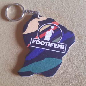 Porte-clés FootiFémi du LOC en forme de carte de la Guyane.